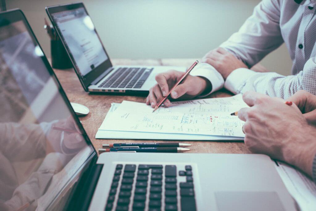 Cómo diseñar un sitio web en papel